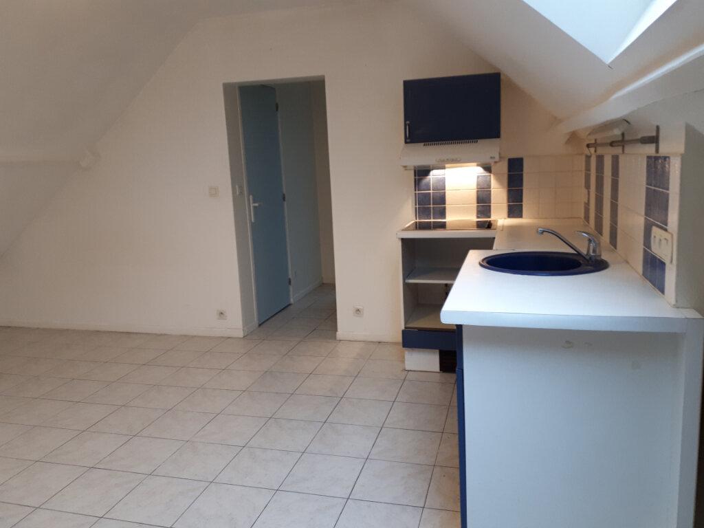 Appartement à louer 2 11.31m2 à Choisy-au-Bac vignette-3