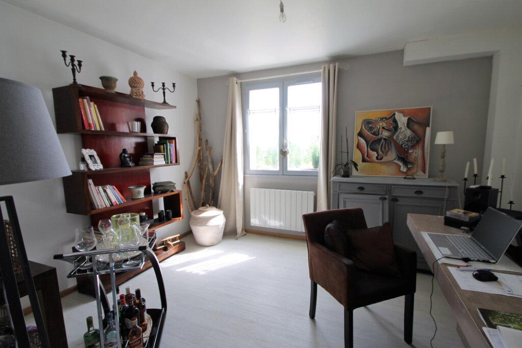 Maison à vendre 7 110m2 à Jaulzy vignette-3