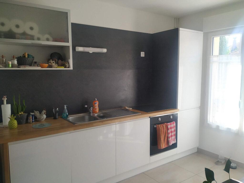 Maison à louer 4 85.02m2 à Margny-lès-Compiègne vignette-3