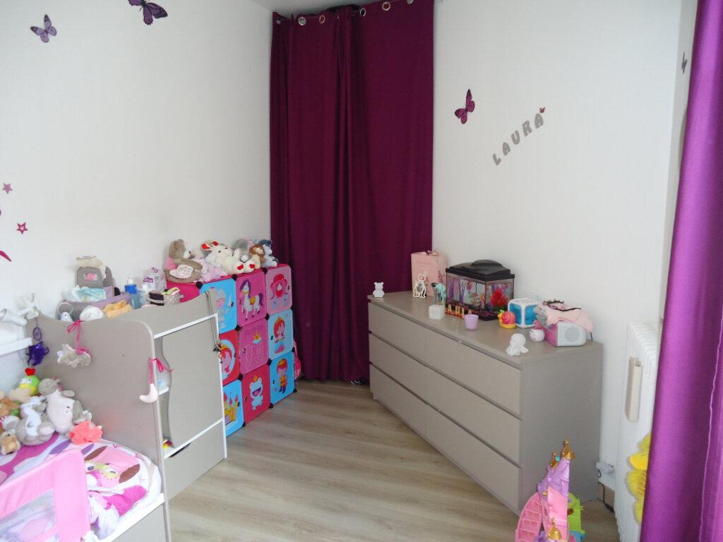 Appartement à louer 3 56.6m2 à Compiègne vignette-5