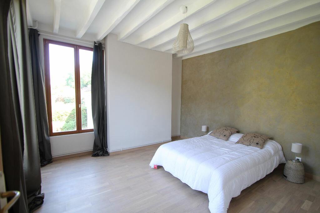 Maison à vendre 6 120m2 à Pierrefonds vignette-4