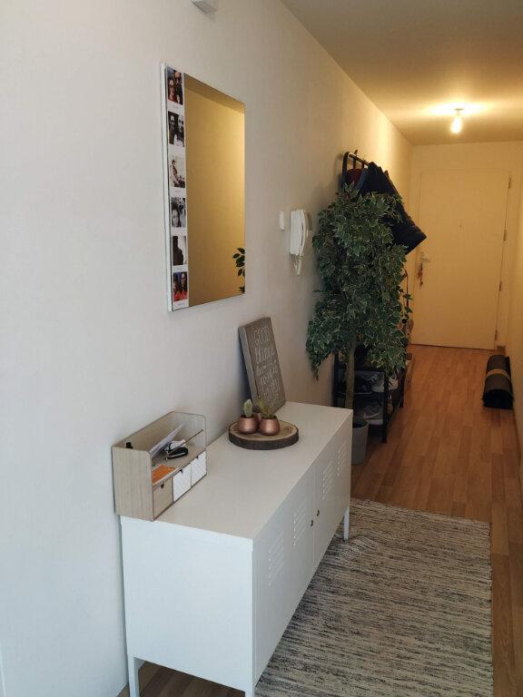 Appartement à louer 3 78.37m2 à Compiègne vignette-5