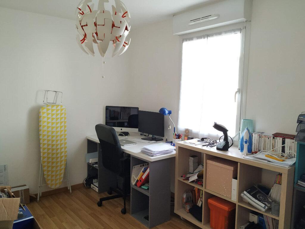 Appartement à louer 3 78.37m2 à Compiègne vignette-7