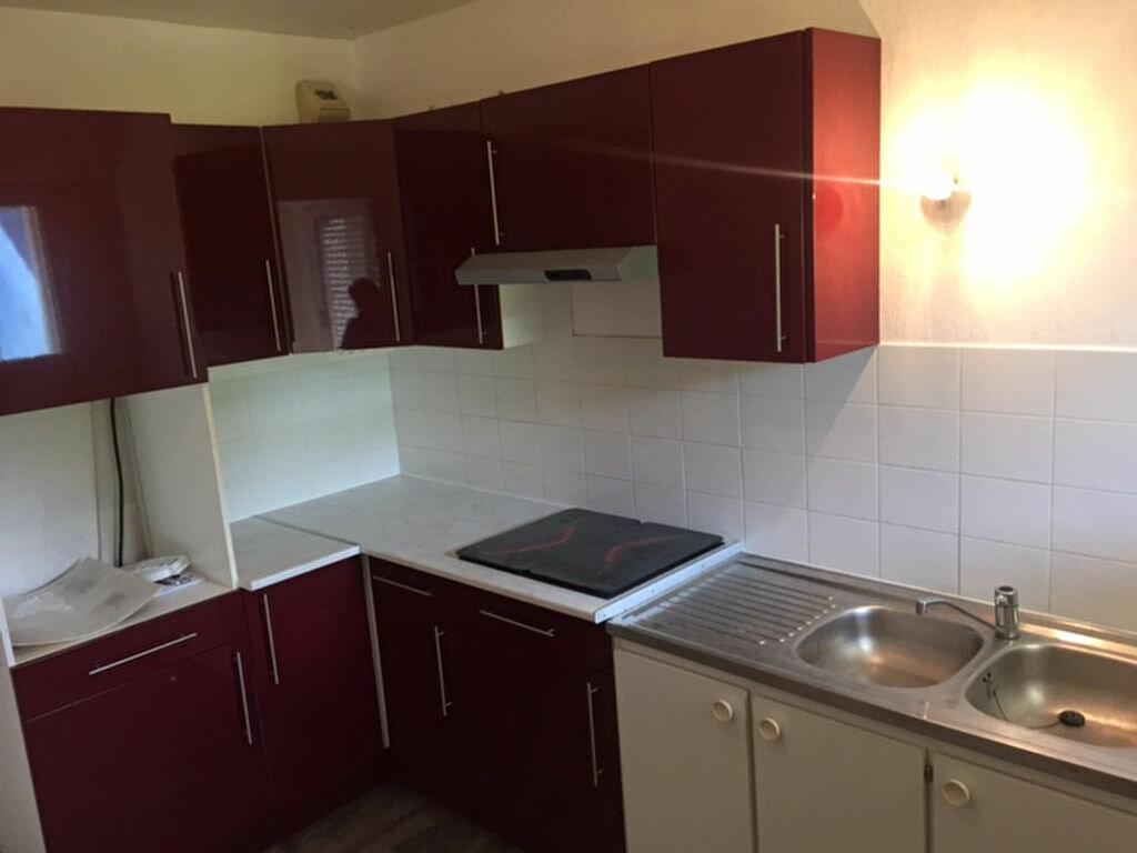 Appartement à louer 1 47.11m2 à Compiègne vignette-6