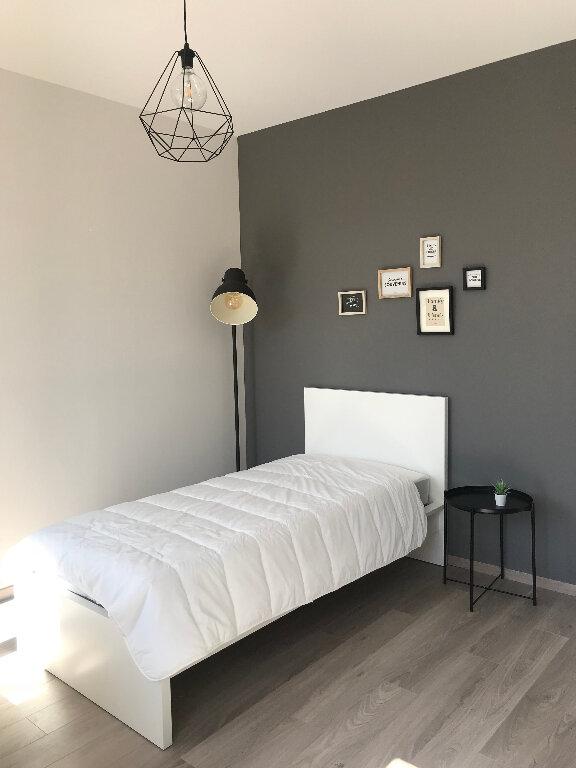 Appartement à louer 1 14.83m2 à Compiègne vignette-2