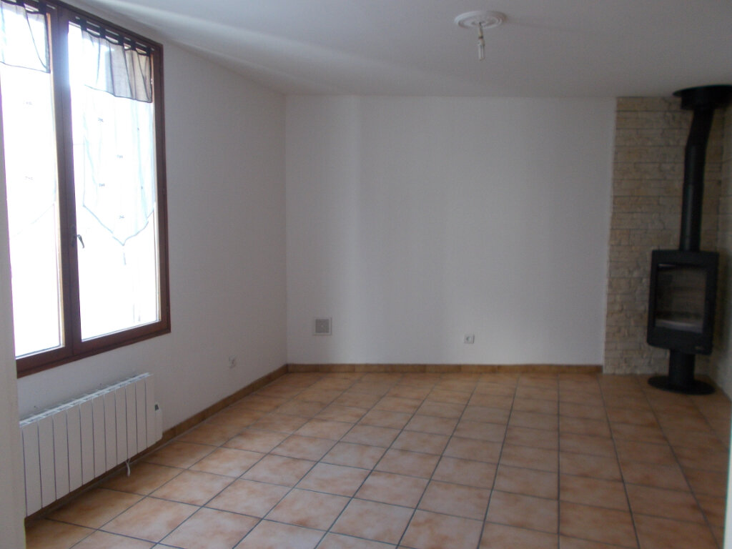 Maison à louer 3 88.32m2 à Compiègne vignette-4