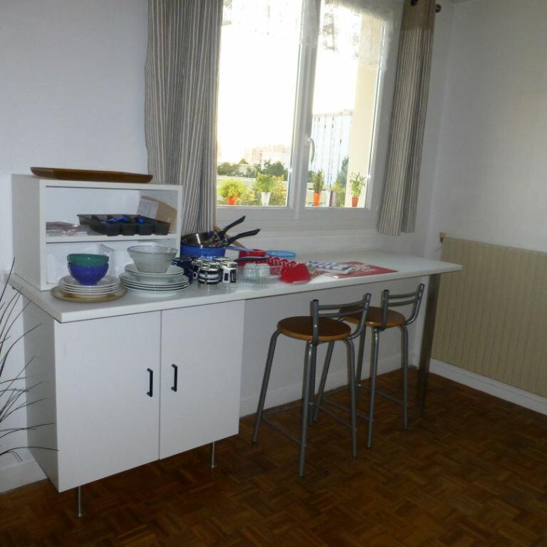 Appartement à louer 1 26.33m2 à Compiègne vignette-3