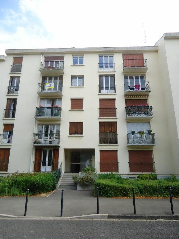 Appartement à louer 1 26.33m2 à Compiègne vignette-4