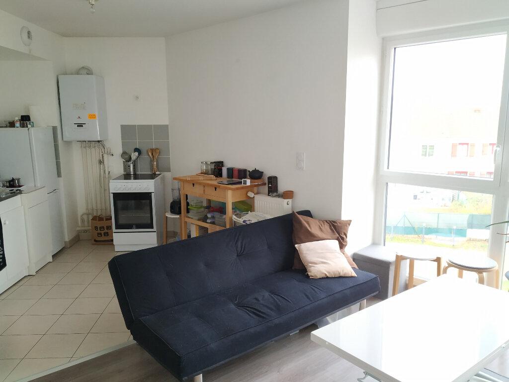 Appartement à louer 2 47.2m2 à Compiègne vignette-6