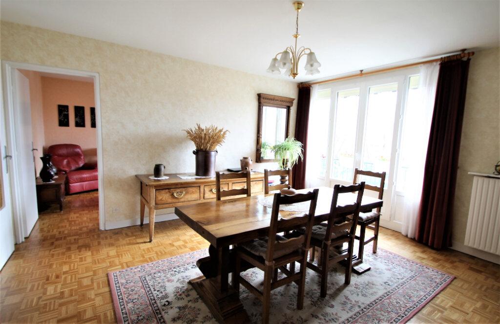 Appartement à vendre 4 78.59m2 à Compiègne vignette-1