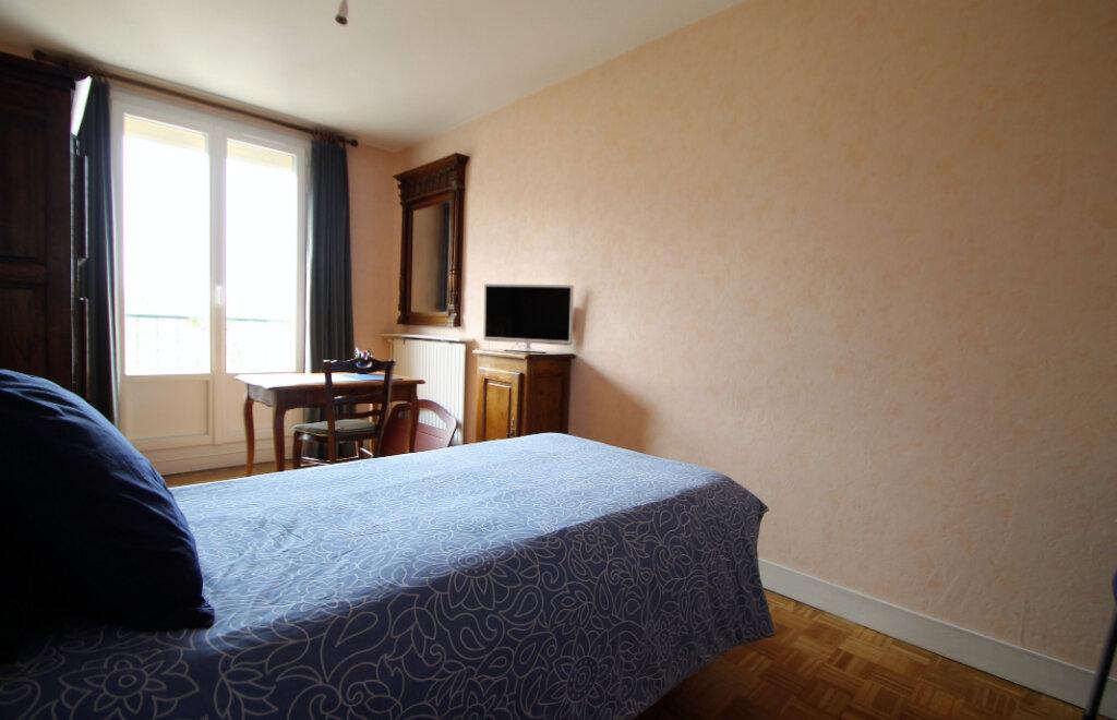 Appartement à vendre 4 78.59m2 à Compiègne vignette-5
