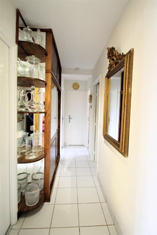 Appartement à vendre 4 78.59m2 à Compiègne vignette-6