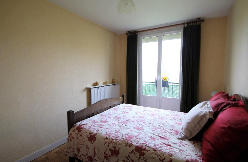 Appartement à vendre 4 78.59m2 à Compiègne vignette-7