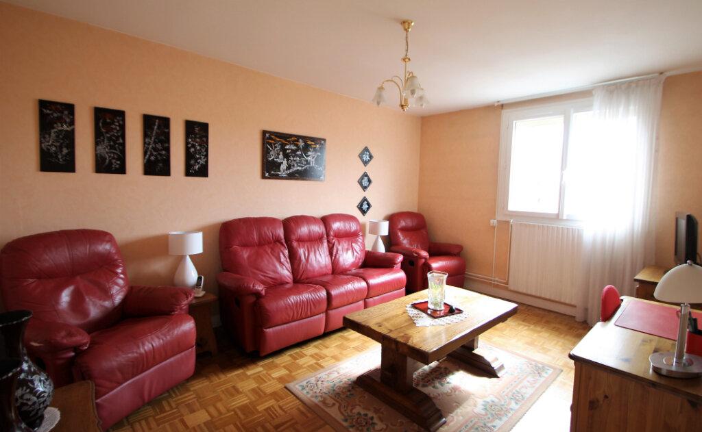 Appartement à vendre 4 78.59m2 à Compiègne vignette-8
