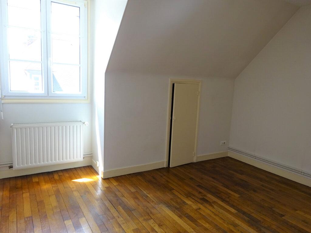 Appartement à louer 2 35.17m2 à Compiègne vignette-5