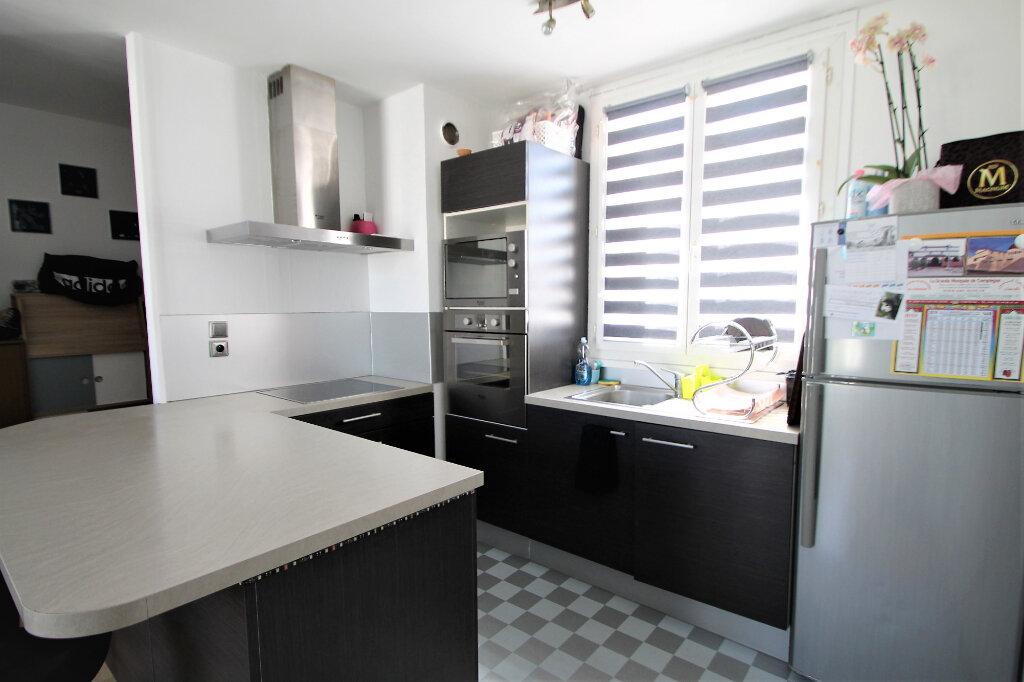 Appartement à vendre 2 39m2 à Compiègne vignette-2