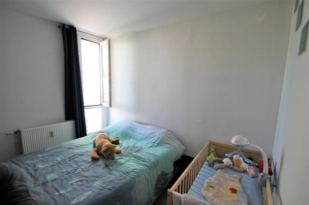 Appartement à vendre 2 39m2 à Compiègne vignette-6