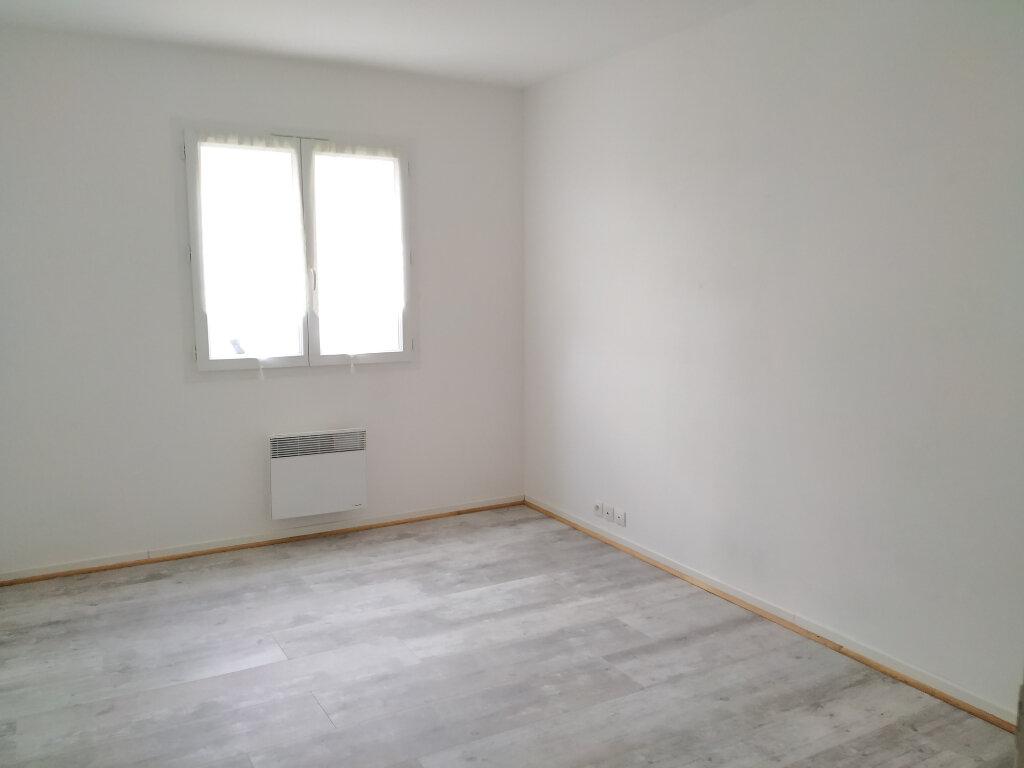 Appartement à louer 3 63m2 à Ribécourt-Dreslincourt vignette-3