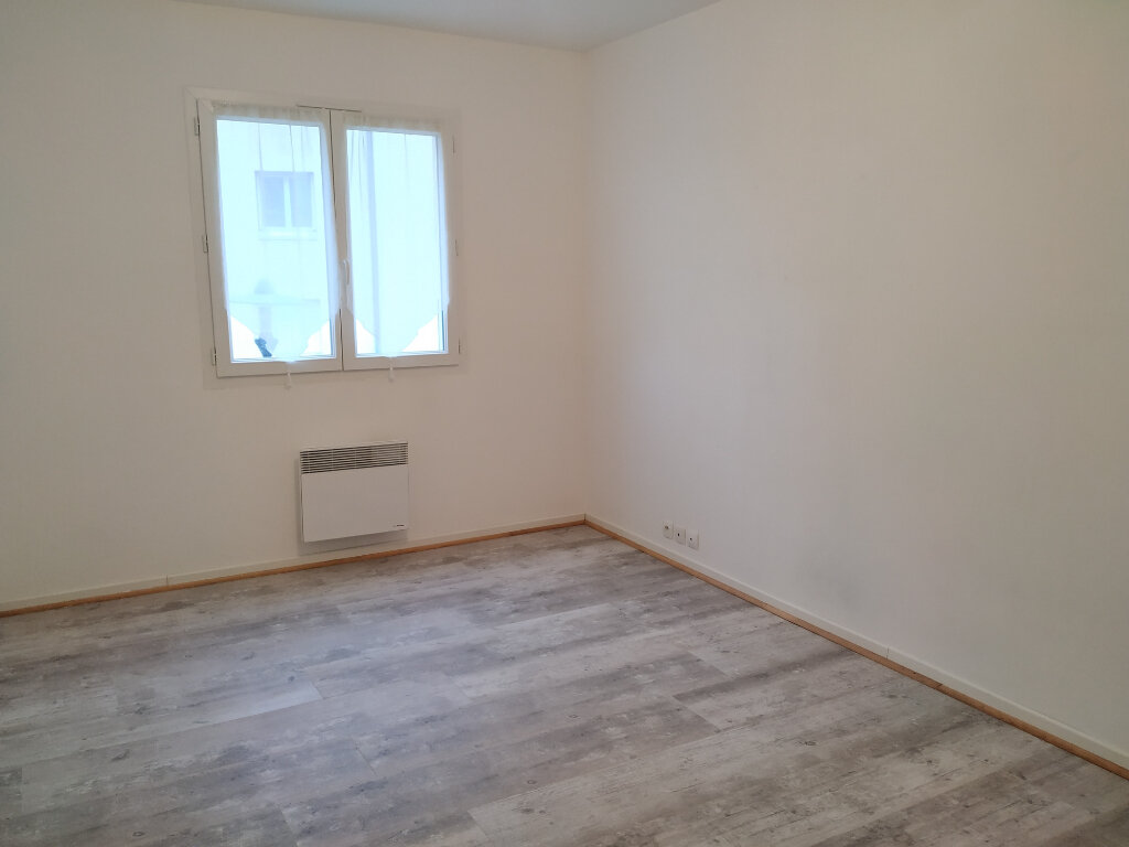 Appartement à louer 3 63m2 à Ribécourt-Dreslincourt vignette-4