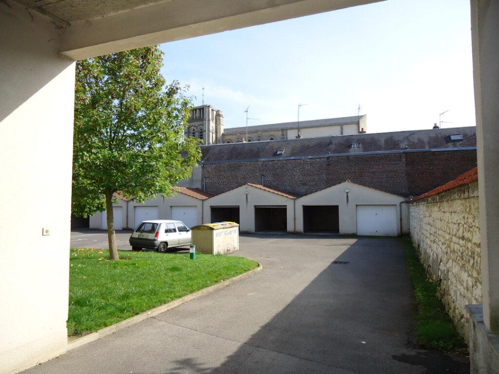 Appartement à louer 2 47.66m2 à Margny-lès-Compiègne vignette-2