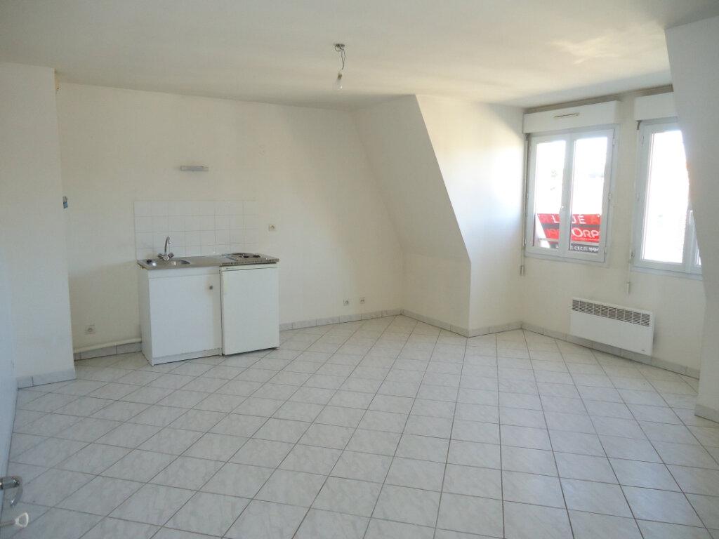 Appartement à louer 2 47.66m2 à Margny-lès-Compiègne vignette-3