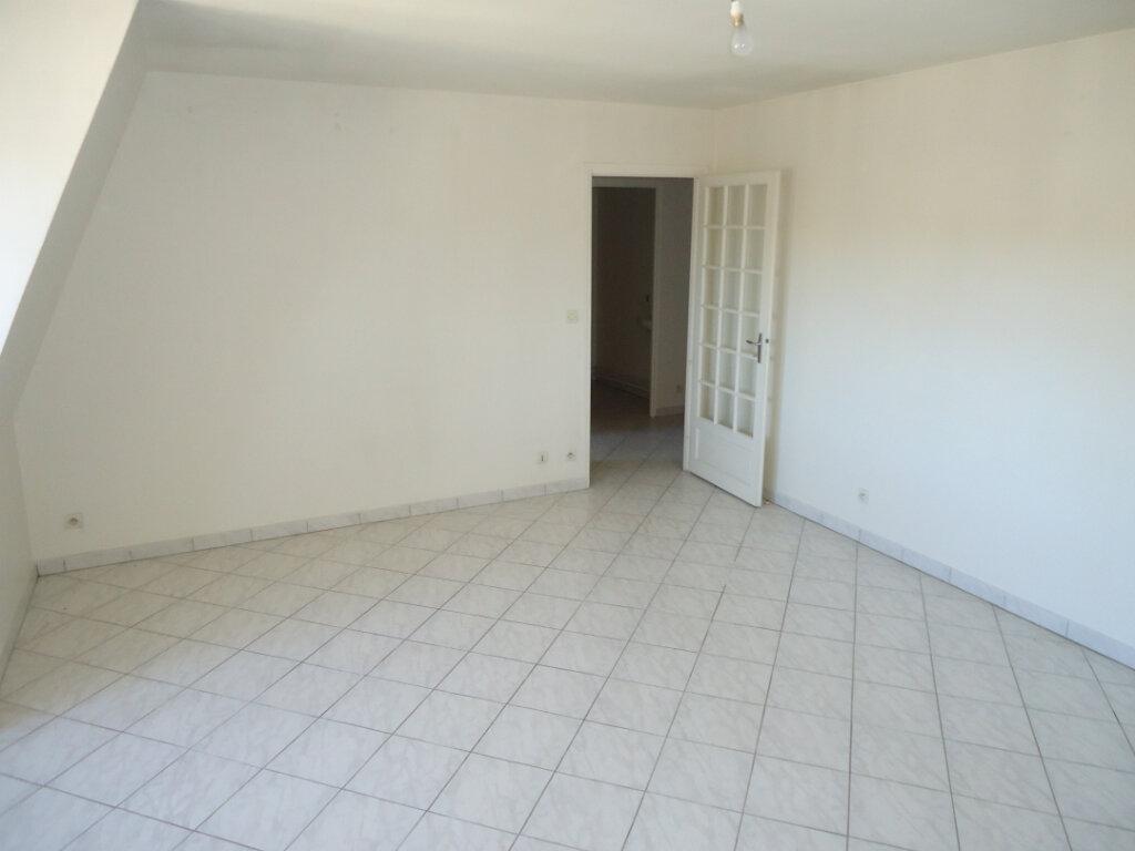 Appartement à louer 2 47.66m2 à Margny-lès-Compiègne vignette-4
