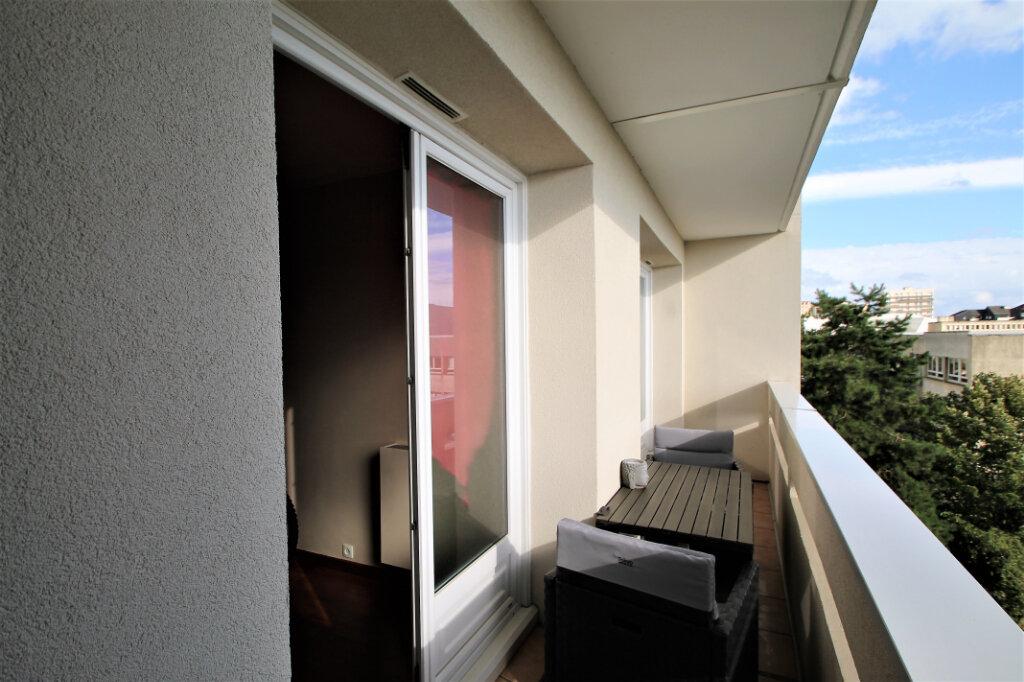 Appartement à vendre 4 80m2 à Compiègne vignette-1