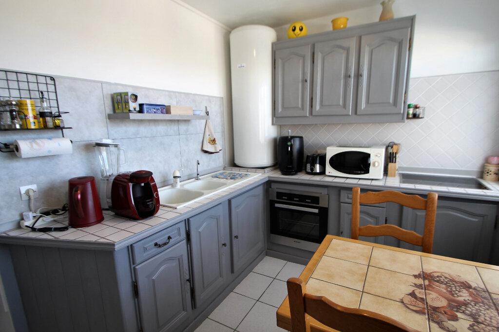 Appartement à vendre 4 80m2 à Compiègne vignette-3