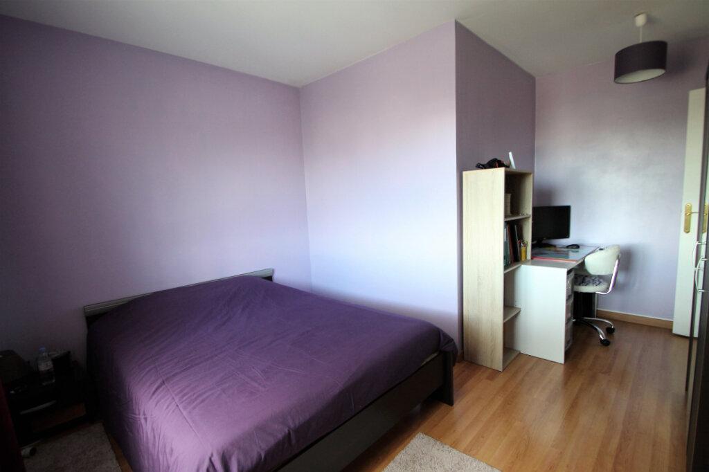 Appartement à vendre 4 80m2 à Compiègne vignette-5