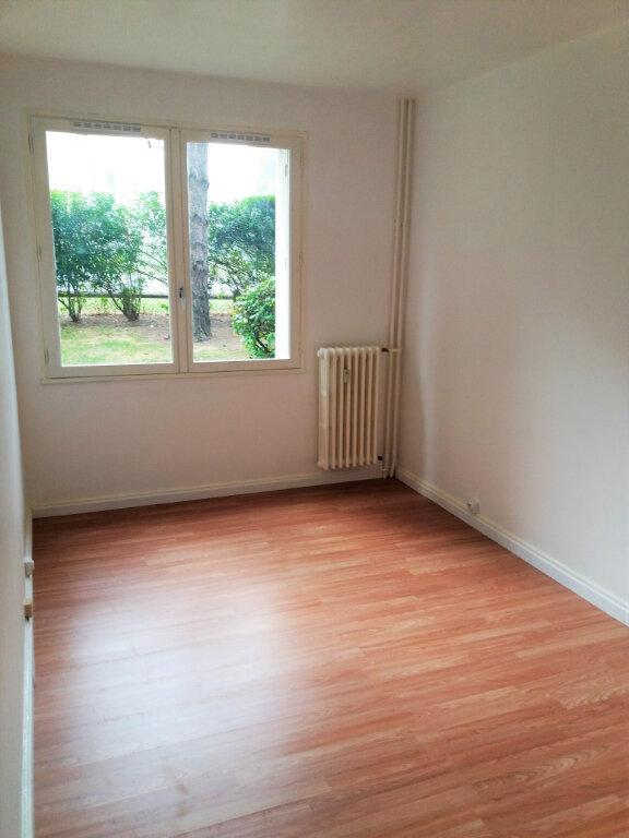Appartement à louer 5 94.67m2 à Compiègne vignette-9