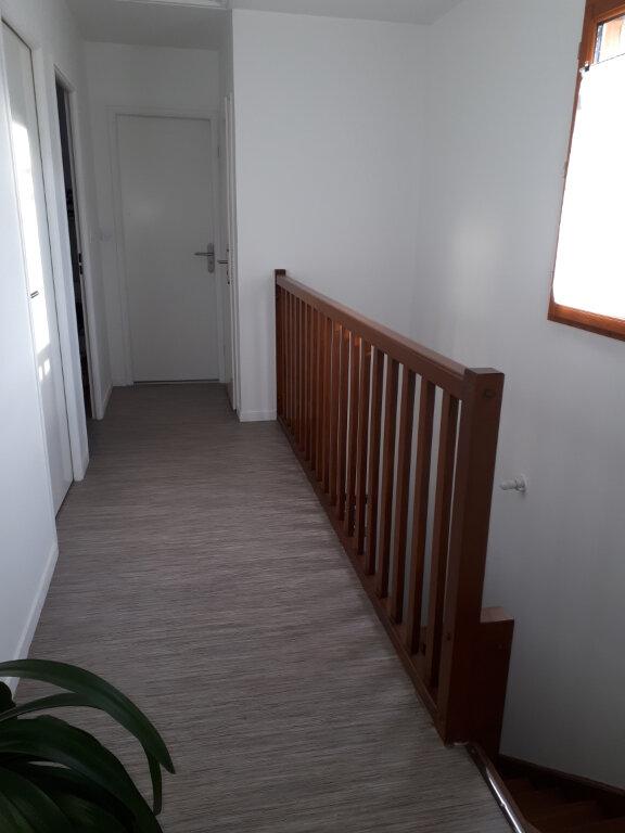 Maison à louer 4 91.93m2 à Saint-Sauveur vignette-6