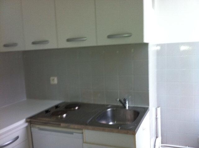 Appartement à louer 2 32.74m2 à Chevincourt vignette-4