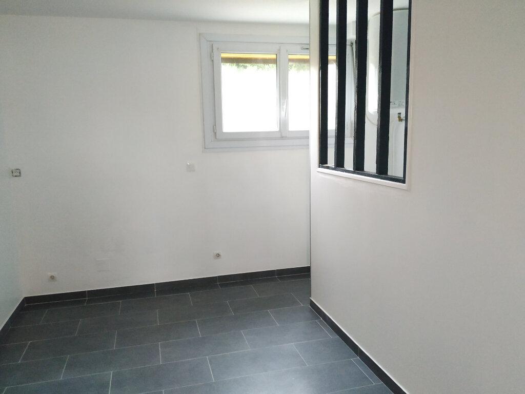 Appartement à louer 2 34.32m2 à Clairoix vignette-4