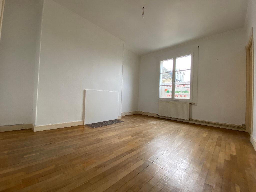 Appartement à louer 2 51.05m2 à Compiègne vignette-2