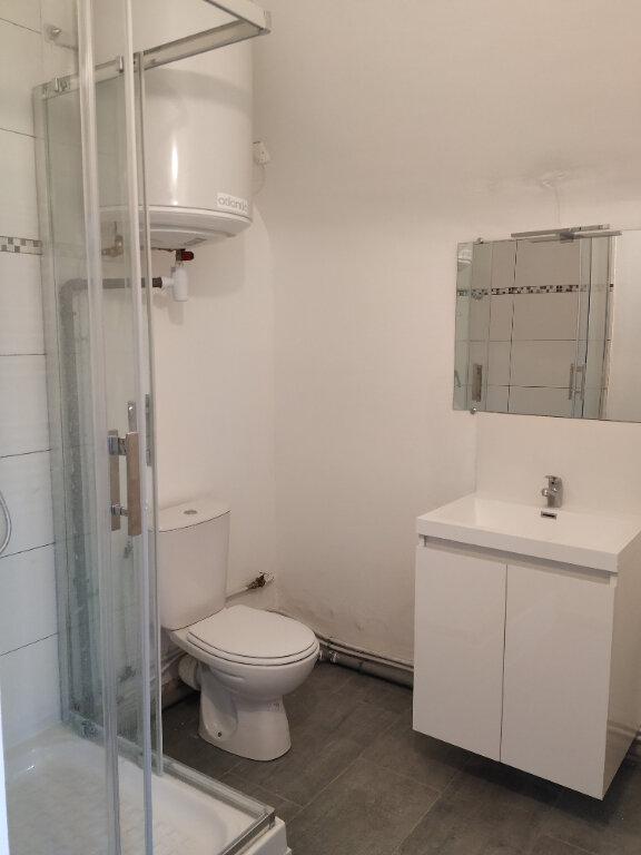 Appartement à louer 1 30.93m2 à Clairoix vignette-4