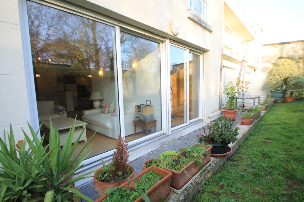 Appartement à louer 3 79m2 à Compiègne vignette-1