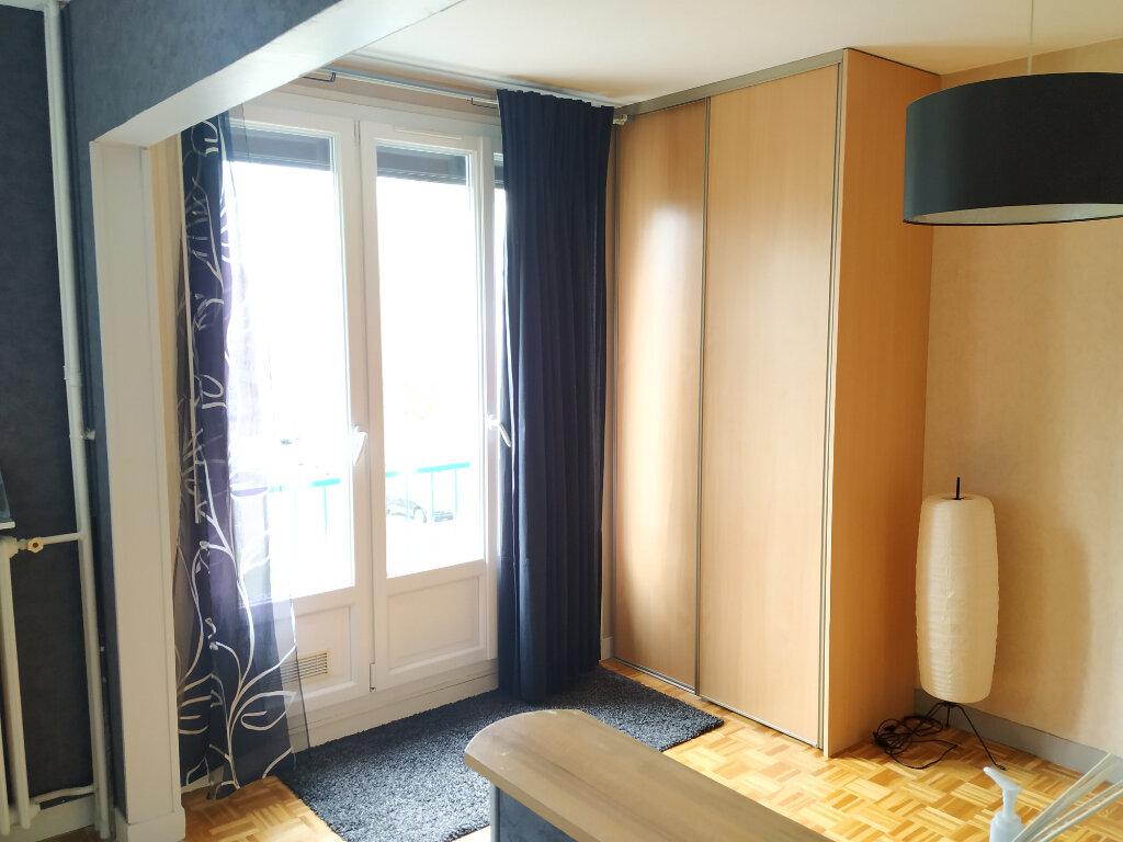 Appartement à louer 1 26.05m2 à Compiègne vignette-5