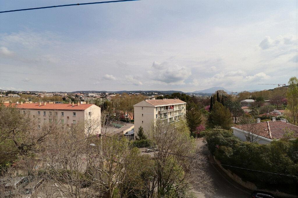 Appartement à louer 3 51m2 à Aix-en-Provence vignette-4