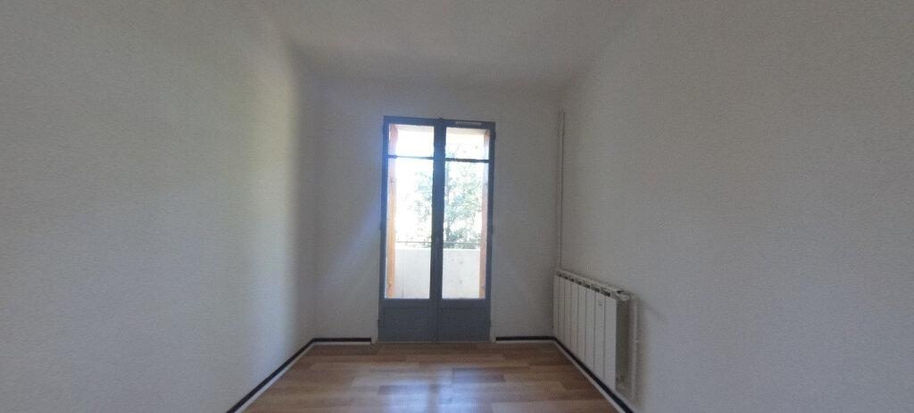Appartement à louer 4 80m2 à Aix-en-Provence vignette-2