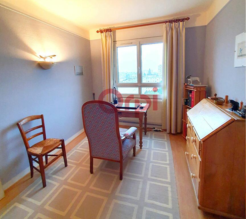 Appartement à louer 5 78.25m2 à Sartrouville vignette-5