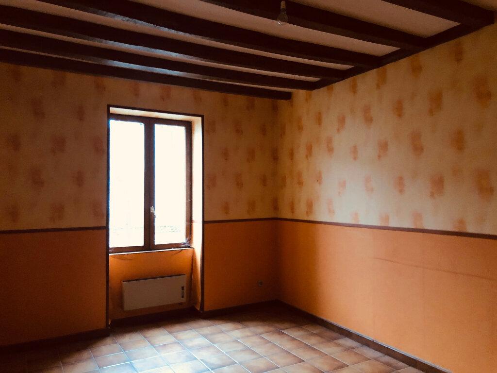 Maison à vendre 4 100m2 à La Chapelle-Montmartin vignette-2