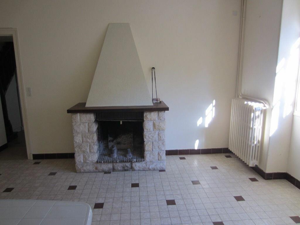 Maison à louer 4 84.2m2 à Selles-sur-Cher vignette-4