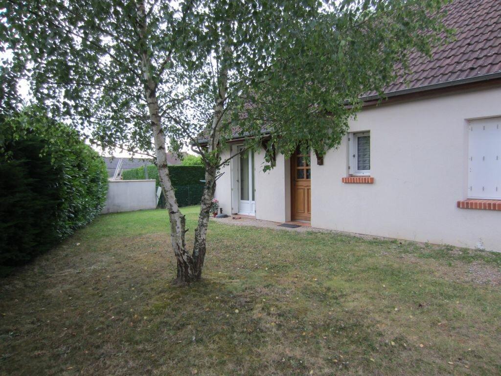 Maison à louer 3 67m2 à Romorantin-Lanthenay vignette-1