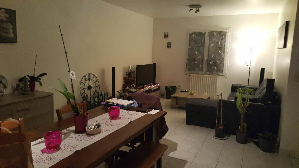 Maison à louer 3 67m2 à Romorantin-Lanthenay vignette-3