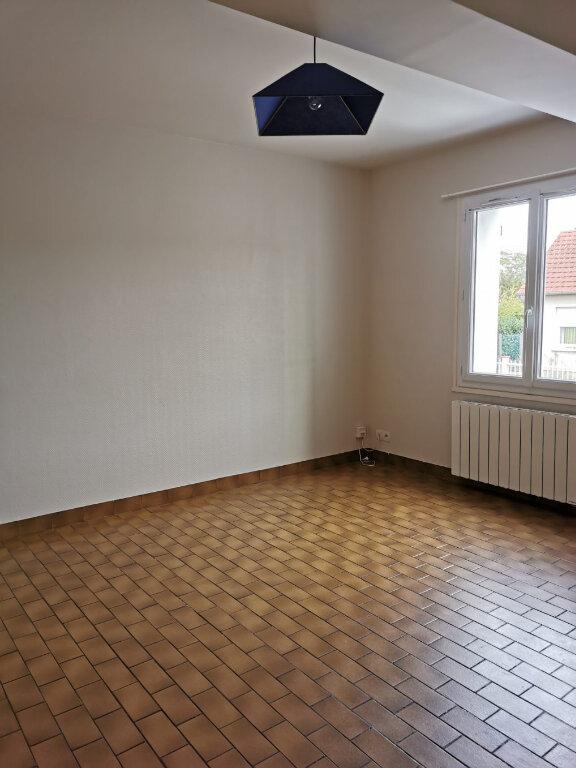 Maison à louer 3 81m2 à Romorantin-Lanthenay vignette-2