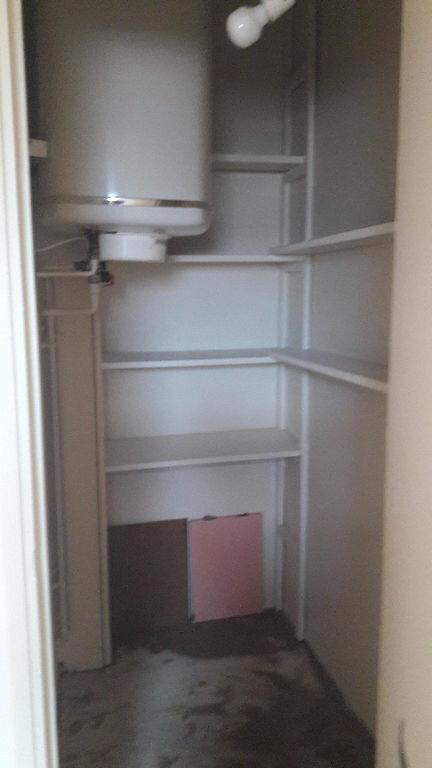 Appartement à louer 1 25m2 à Romorantin-Lanthenay vignette-5