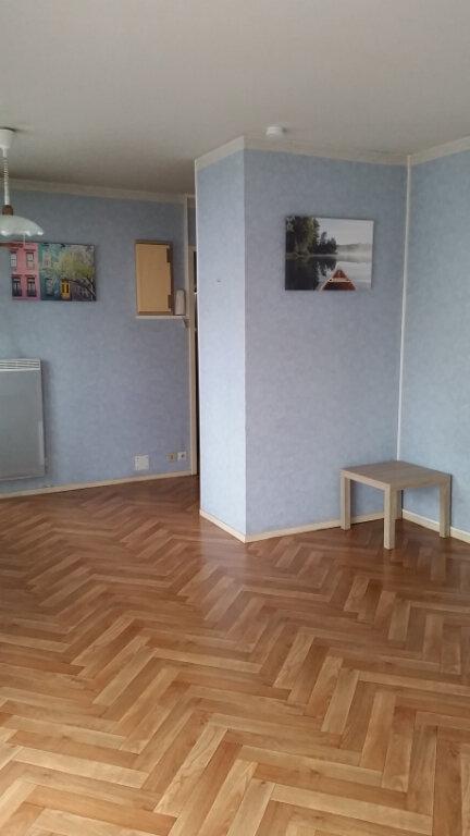Appartement à louer 1 30.12m2 à Romorantin-Lanthenay vignette-1