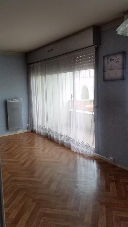 Appartement à louer 1 30.12m2 à Romorantin-Lanthenay vignette-3