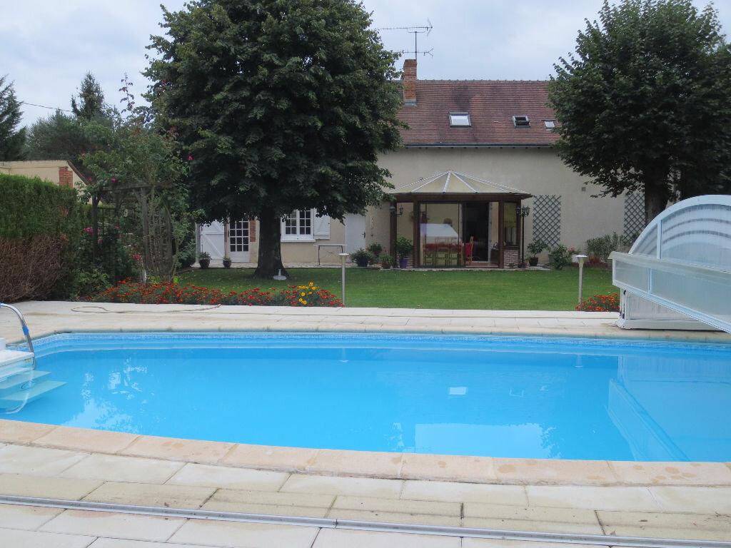 Maison à vendre 7 168.9m2 à Pruniers-en-Sologne vignette-1