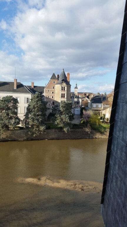 Appartement à louer 4 120m2 à Romorantin-Lanthenay vignette-3